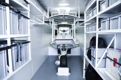 Opslagruimte voor Sealegs boot
